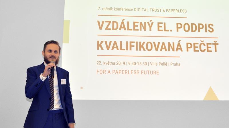 urviho-novinka-propagace-konference-digital-trust-paperless-09